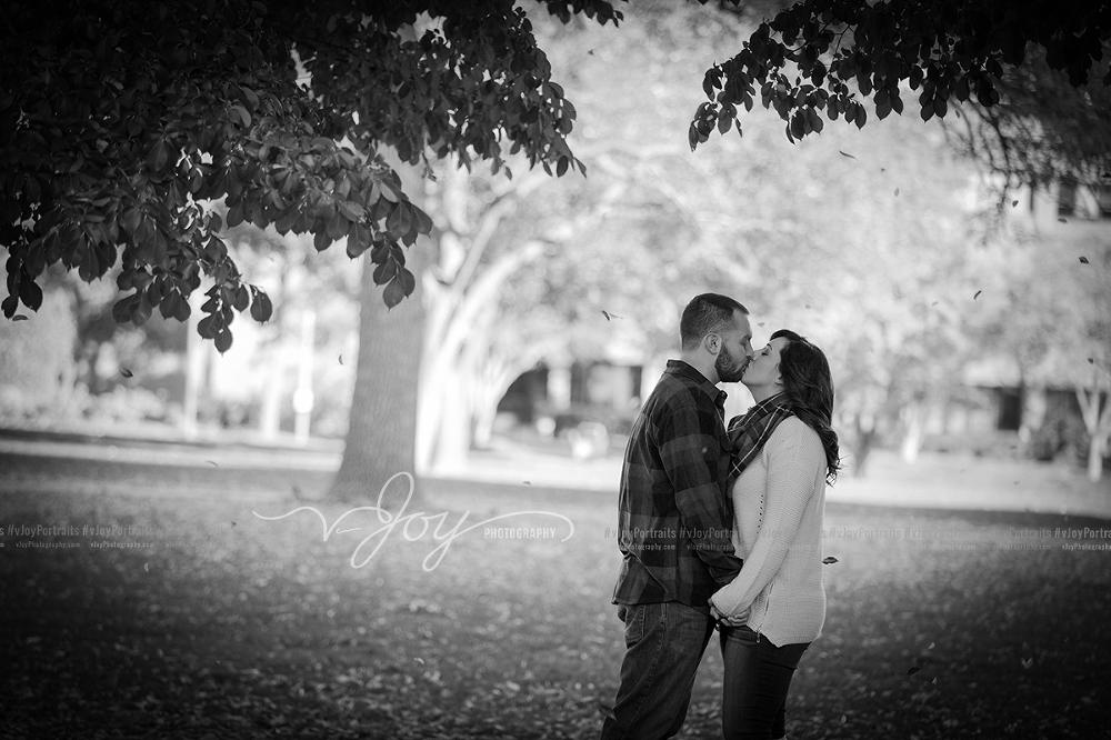 2016-10-23-nicole-and-matt-engagement-session-wedding-photographer-milwaukee-wisconsin-02-2